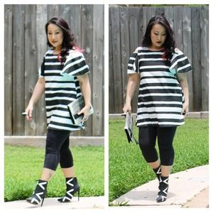 B&W Graphic Mod Tunic Top