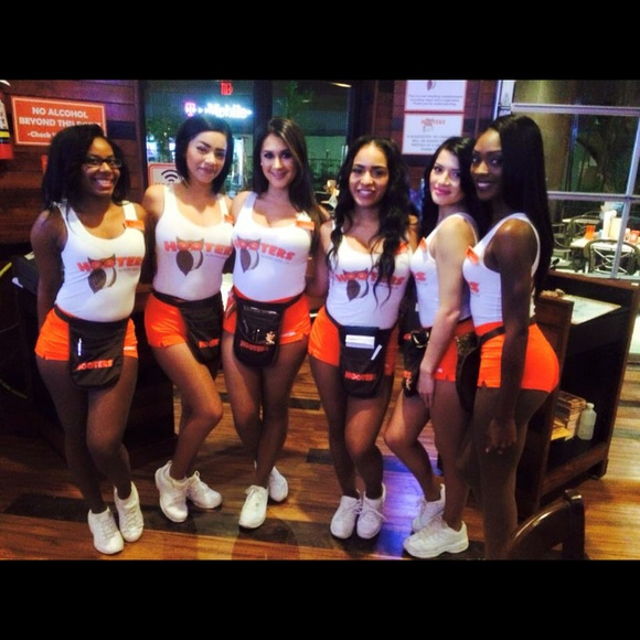 Hooters Other  South Gate Outfit Too And Bottom  Poshmark-3638
