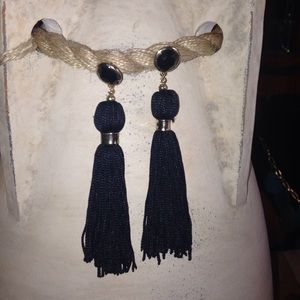 Jewelry - Gold earrings with black fringe