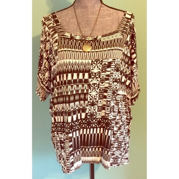 Chico's Tops - Chico's Black White Stretchy Top sz 2 Large XL 1X
