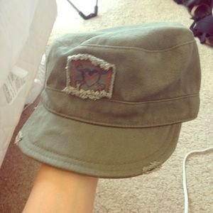 Green army hat