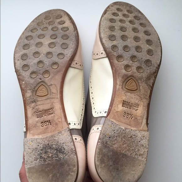 Agl Shoes   Classic Leather Agl Flats With Buckle Size 75