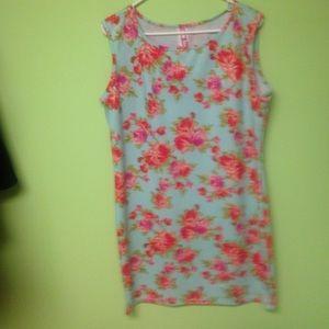 Floral bodycon dress plus size