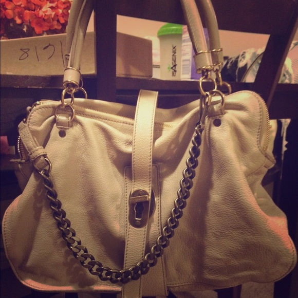 382e08861aa5 leather cream BurBerry Bag. authentic