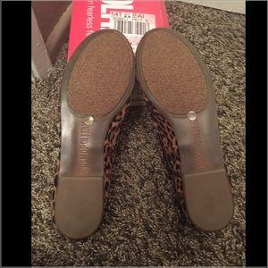 5b12258e28446 Cosmopolitan Shoes - Leopard Print Flats