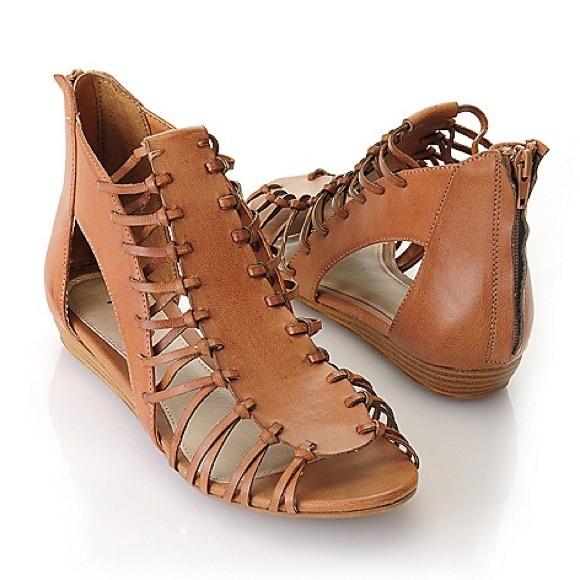 29df3dd6f9ff MIA Lucille Gladiator Sandals