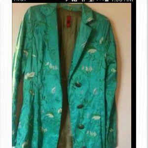 Women's coat. Green
