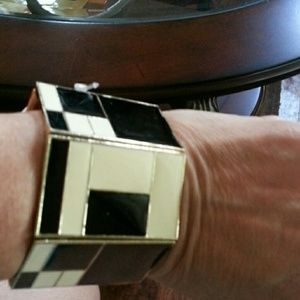 Amrita Singh Jewelry - Amrita Singh black and white deco bracelet