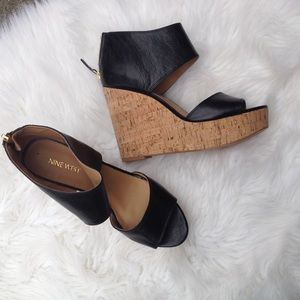 Nine West Shoes - 🌸Nine West black  wedge heels