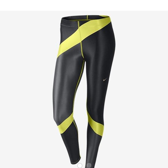 db1342b1f8eb0e Nike engineered print running tights leggings pant.  M_5553862eea3f3662830046c2