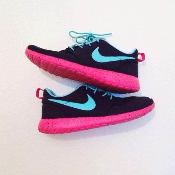 bc158793f192 HOUR SALE Nike ID custom roshe run black pink blue.  M 55538d51568c895eb700492e