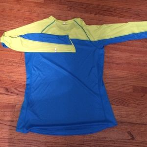 72 off nike tops m nike run shirt from meg 39 s closet on