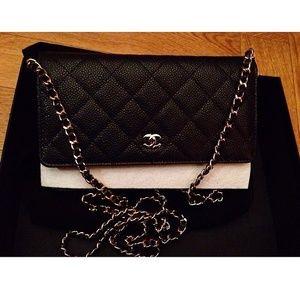 Chanel woc caviar skin black