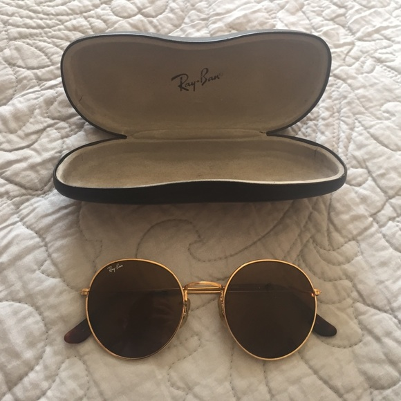 Ray-Ban Accessories - Vintage Circle RayBans