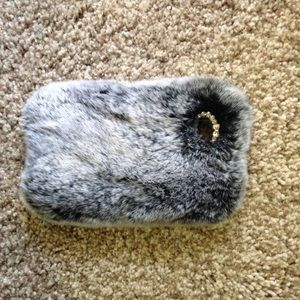 Accessories - iPhone 5C Fur Case