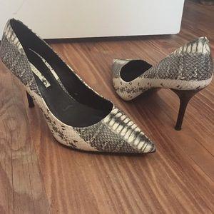 Zara snake print heels size:6.5