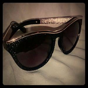 AVON modern spice sunglasses