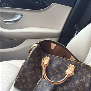 NFS Authentic Louis Vuitton Speedy 30