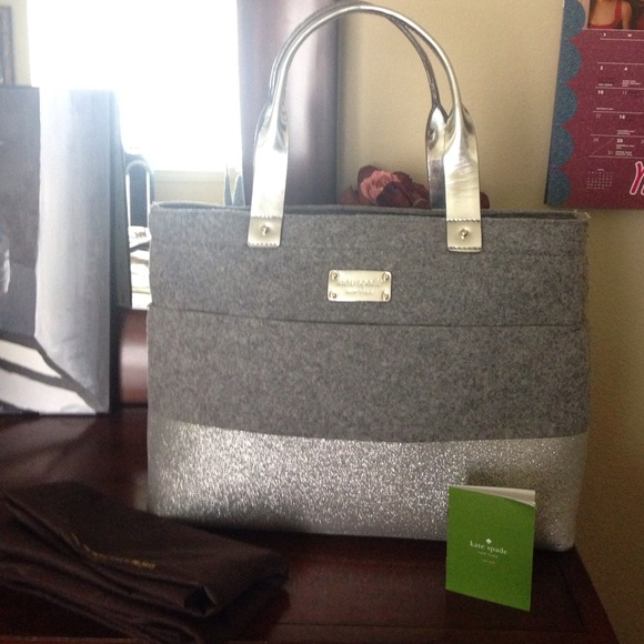 c8b600ad8fdc kate spade Handbags - Authentic Kate Spade New York Glitter Tote