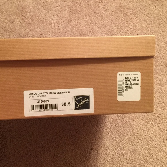christian louboutin shoe box size