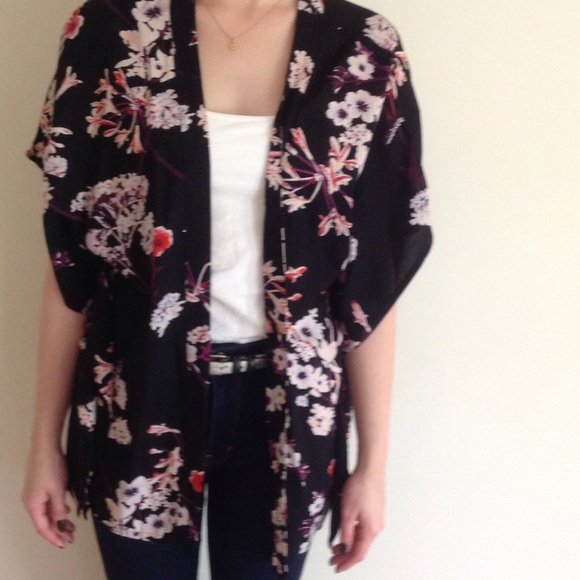 60% off H&M Sweaters - Black Floral Kimono from Tracie's closet on ...