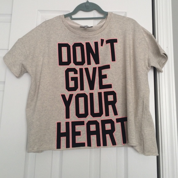 Tshirt Tops Crewneck Graphic Zara Trafaluc Poshmark IYzxw1w