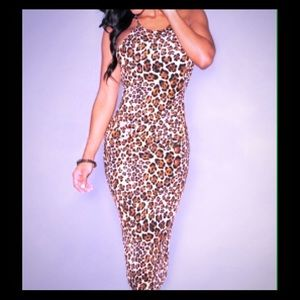 Dresses & Skirts - Leopard halter dress
