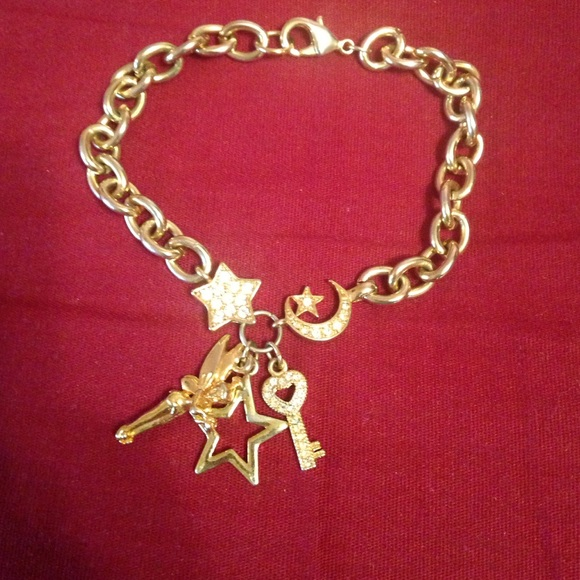 Tinkerbell Charm Bracelet: Tinkerbell Charm Bracelet From