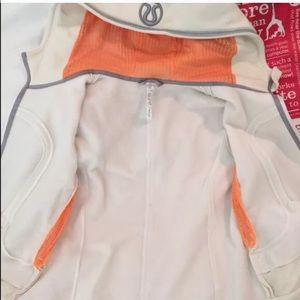lululemon athletica Jackets & Coats - 🎀SOLD🎀LULULEMON UBA HOODIE REFLECTIVE 🌟 SE