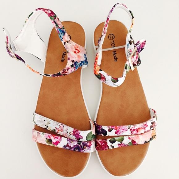 🔴SOLD🔴 floral print platform sandals
