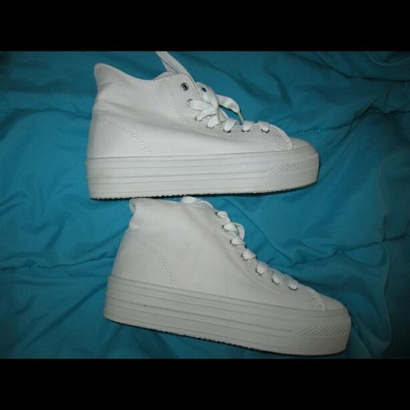Soda Vince Mid Platform Sneakers White
