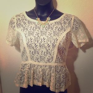 A. Byer Tops - Vintage Inspired Ivory Lace Top 🎻🎻