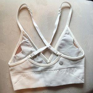 2323512e6f lululemon athletica Tops - Off white v cut lululemon sports bra