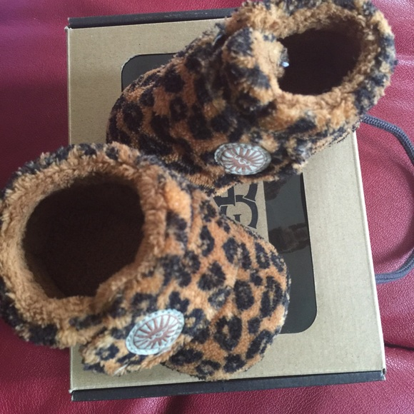 baby ugg boots pink leopard print net101.co.uk