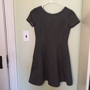 Banana republic grey dress 00P fit and flare