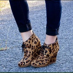Shoemint Shoes - Shoemint leopard booties