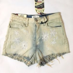 Denim - NEW high waisted embroidered flower cutoff shorts