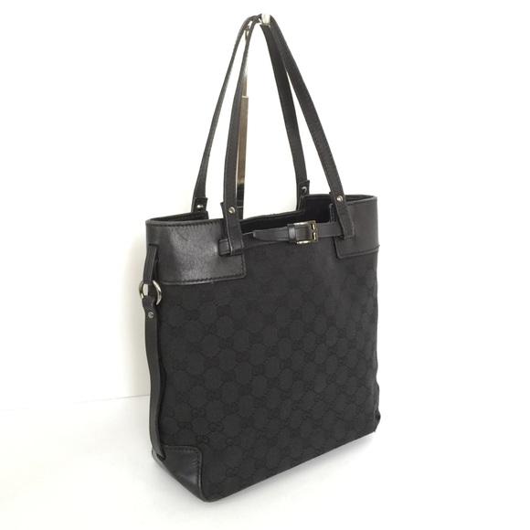 f0a8d4eeba1 Gucci Handbags - 💯 Authentic Vintage GUCCI Canvas Tote Bag