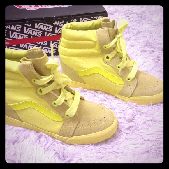 vans sk8 hi neon yellow