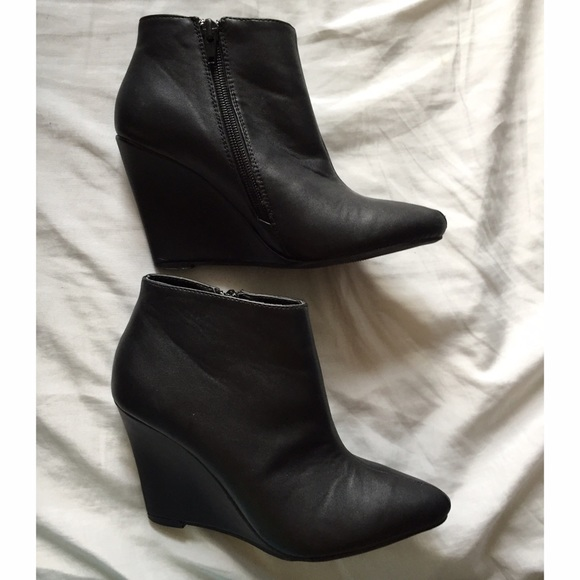 47 off forever 21 boots forever 21 black leather wedge