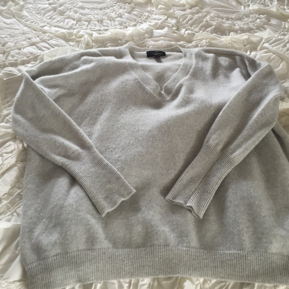 75% off J crew Sweaters - Light grey cashmere sweater from ...