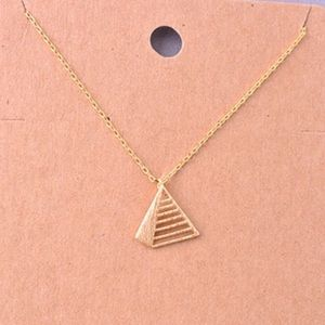 3d pyramid necklace