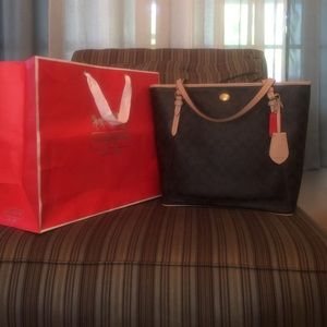 %AUTHENTIC COACH ZIP TOP TOTE Handbag