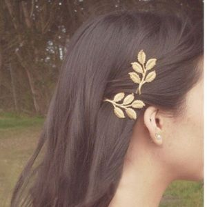 Accessories - Gold leaf hair piece bobby pin brooch