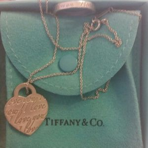 Tiffany & CO Ring and necklace
