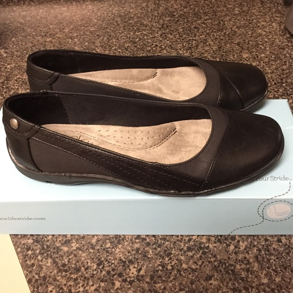 fc4e7a9101b3 Life Stride Shoes - Life Stride Divine Black Flats Shoes Size 5