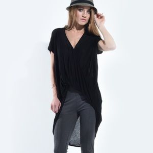 """Madhatter"" Twist Front High Low Top"