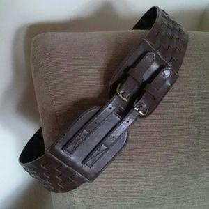 Wide woven double buckle belt