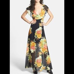 Dresses & Skirts - 👗FINAL PRICE👗Floral Maxi Dress Large