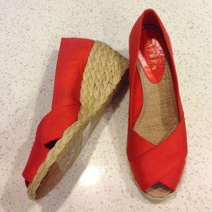 Ralph Lauren Shoes - ⚡️DEAL OF THE DAY⚡️ Lauren Raw Silk espadrille